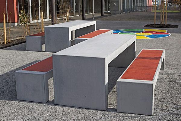 sitz und tischelemente aus beton berzeugend silisport ag. Black Bedroom Furniture Sets. Home Design Ideas